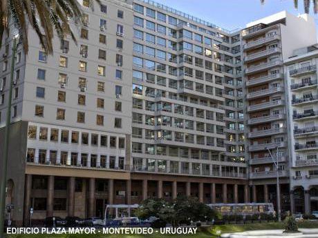 Excelentes 1080 M2 De Oficinas En Penthouse En Plaza Independencia