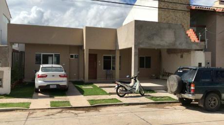En Venta Casa Nueva Al Lado Del Colegio San Lorenzo