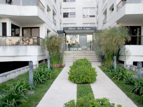 Apartamento En Av De Las Americas Con Renta