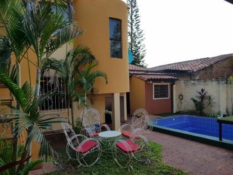 Tierra Inmobiliaria Vende-increíble Y Acogedora Casa Totalmente Refaccionada