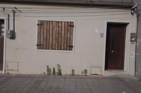 Casa Un Dormitorio A Cuadras De Terminal Minas