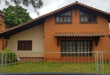 Alquilo Casa De 2 Dormitorios En San Lorenzo Zona Veterinaria Una Con Piscina