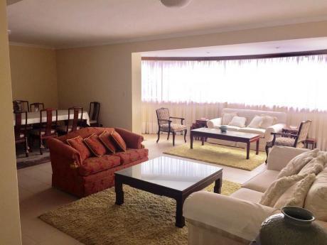 Tierra Inmobiliaria – Magnífico Departamento Amoblado En Zona Céntrica!!