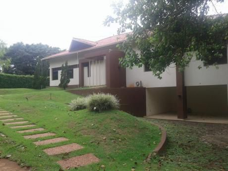 Residencia En El Paraná Country Club!!