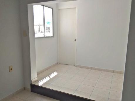 Reservado: Tipo Casa,, Un Dormitorio, Bajos Gastos Comunes.