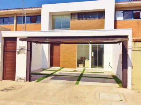 Hermosa Y Amplia Casa De 3 Plazas En Alquiler