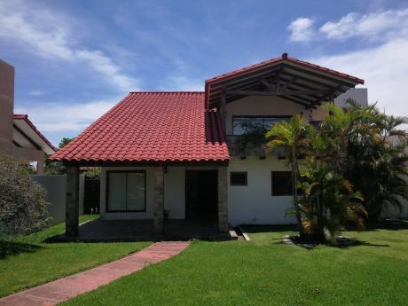 Casa Amoblada Y Equipada En Alquiler