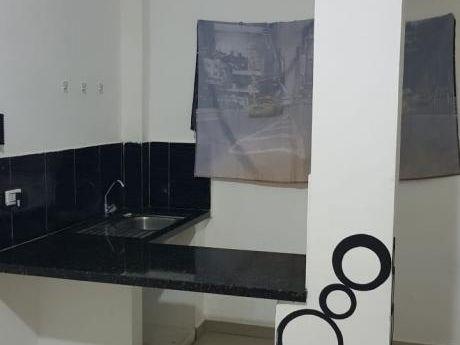 Inmobiliaria Ofrece: En Anticrético Mono Ambiente En Edificio Zona Av. Busch,