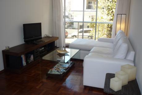 Apartamento Muy Luminoso En Punta Carretas