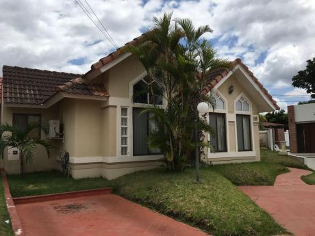 Condominio Genesis Casa Remodelada