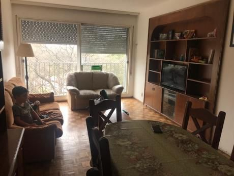 Apartamento Buen Metraje Y Luminosidad