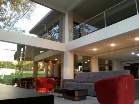 Hermosa Casa A La Venta Parana Country Club (zona Residencial)
