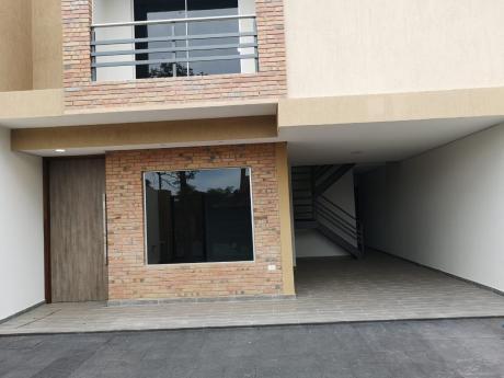 Hermoso Duplex A Estrenar Con Tres Suite  Y Piscina Zona Boggiani_ Los Laureles
