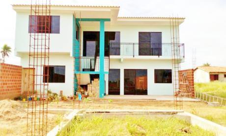 Hermosa Casa En Venta De 2 Plantas Zona Del Km 15 Norte