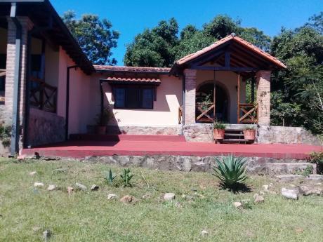Hermosa Casa Quinta En Cabañas