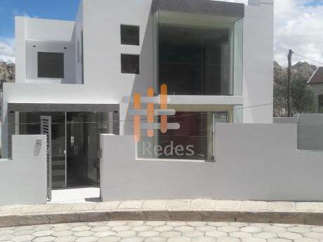 En Venta Casa: Condominio Privado Aranjuez