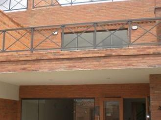 Alquilo Duplex Con Piscina Carmelitas