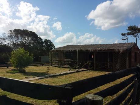 Cabaña En Balneario La Juanita De Jose Ignacio