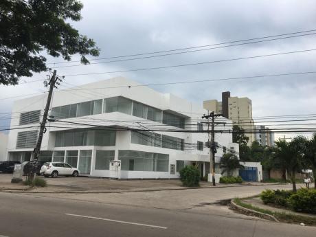 Edificio En Alquiler 4to Anillo Av. Beni