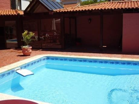 Penin. Mt Playa,gorlero,barbacoa,mucama,piscina. 4 Per