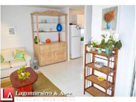 Apartamentos En Playa Mansa: Laa1521a