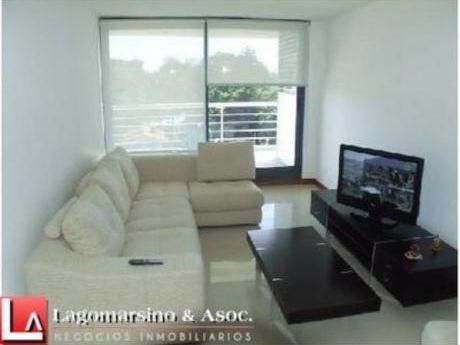 Apartamentos En Playa Mansa: Laa1522a