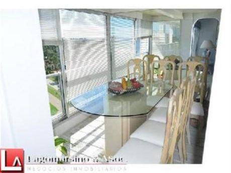 Apartamentos En Playa Mansa: Laa1524a