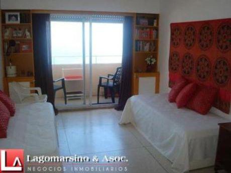 Apartamentos En Península: Laa1574a