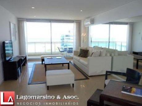 Apartamentos En Playa Brava: Laa1628a