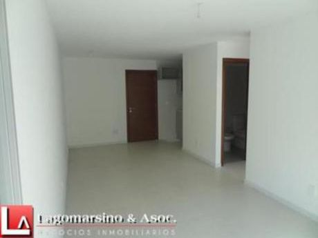 Apartamentos En Península: Laa1757a