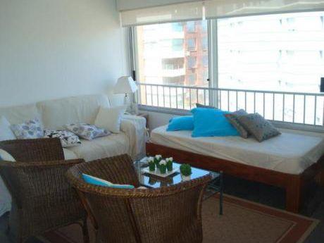 Apartamentos En Península: Laa1893a
