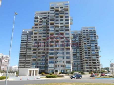 Apartamento Venta En Brava - Ref: 54