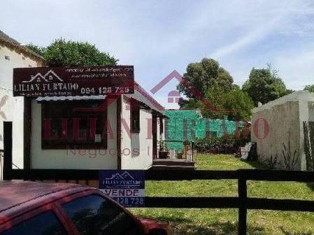 Casa En Venta En El Tesoro - Ref: 74