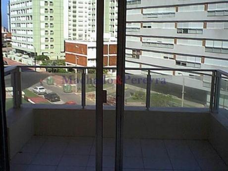 Apartamentos En Playa Brava: Myp1056a
