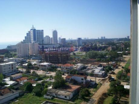 Apartamentos En Playa Brava: Myp12a