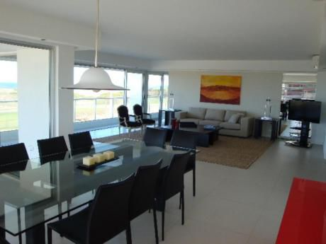 Apartamentos En Playa Brava: Mgi742a
