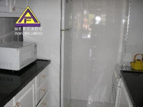 Apartamentos En Playa Mansa: Mci113a