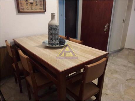 Apartamentos En Playa Mansa: Mci1161a