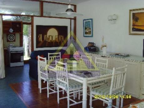 Casas En Playa Mansa: Mci440c