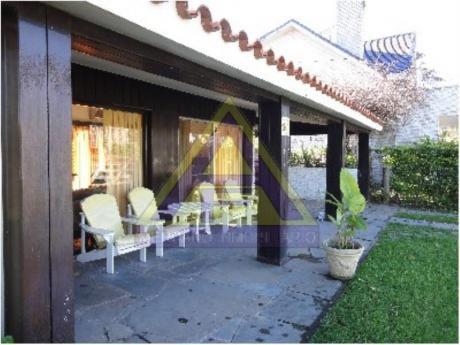 Casas En Playa Mansa: Mci74c