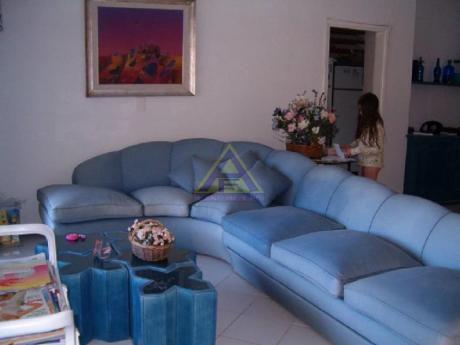 Apartamentos En Playa Mansa: Mci950a