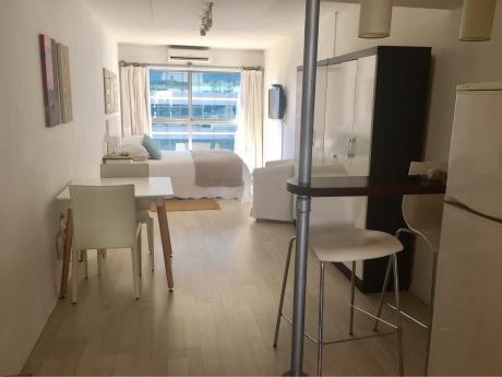 Alquiler Temporario Montevideo  Cordón