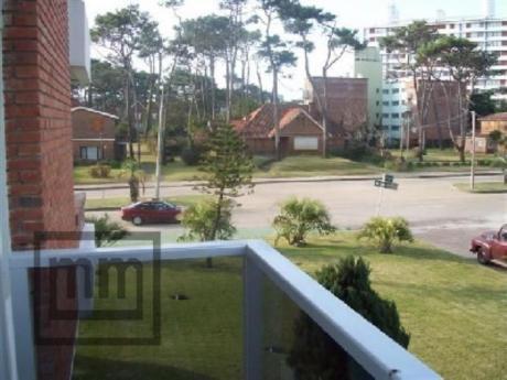 Apartamentos En Playa Brava: Mym2645a