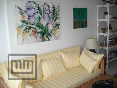 Apartamentos En Playa Mansa: Mym2726a