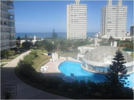 Apartamentos En Playa Mansa: Mym3136a