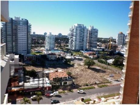 Apartamentos En Playa Brava: Mym470a