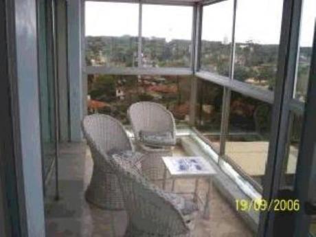 Apartamentos En Playa Mansa: Mym511a