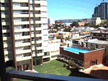 Apartamentos En Playa Brava: Mym76a