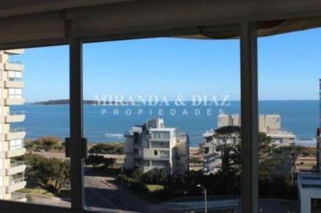 Apartamentos En Playa Mansa: Myd154a