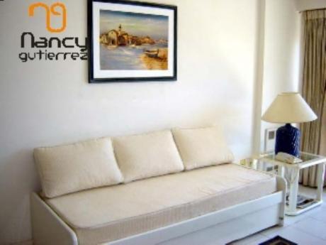 Apartamentos En Playa Brava: Ngp1073a